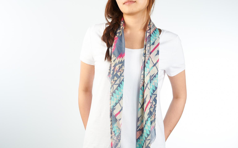 8-façons-de-bien-porter-le-foulard