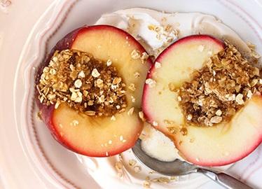 Des fruits cuitsau four pour un dessert plus sain
