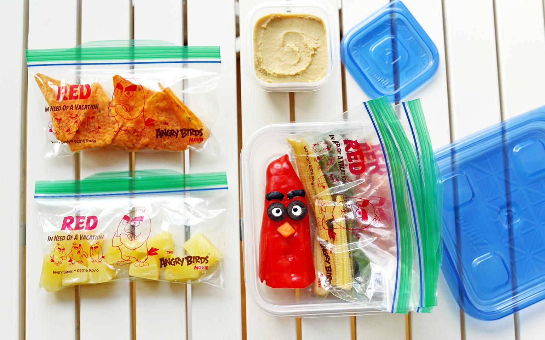 Finis les sacs bruns en papier: Cinq dîners Angry Birds