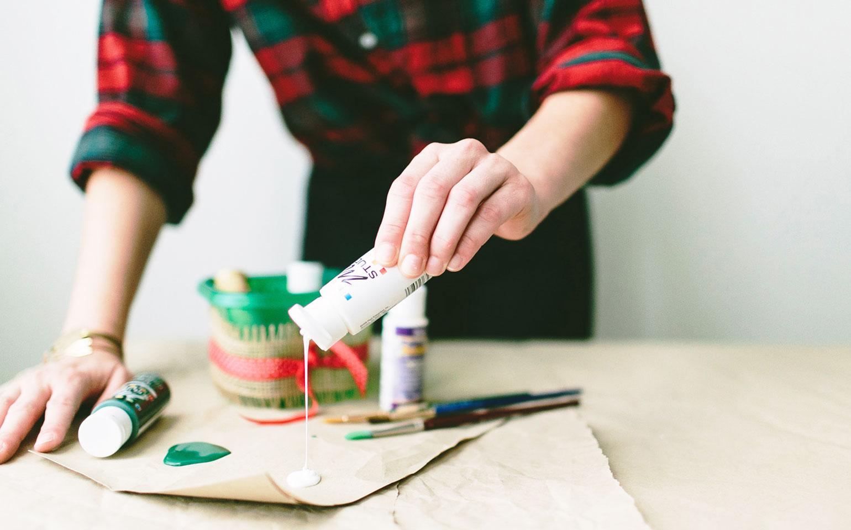 DIY-Hand-Painted-Napkins-Ziploc-Brand