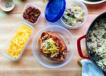 Sobras para el almuerzo: Risotto para cenar, camotes rellenos para almorzar