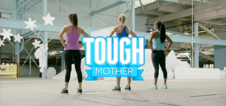Neuf obstacles. Trois adversaires. Une maman aux nerfs d'acier.