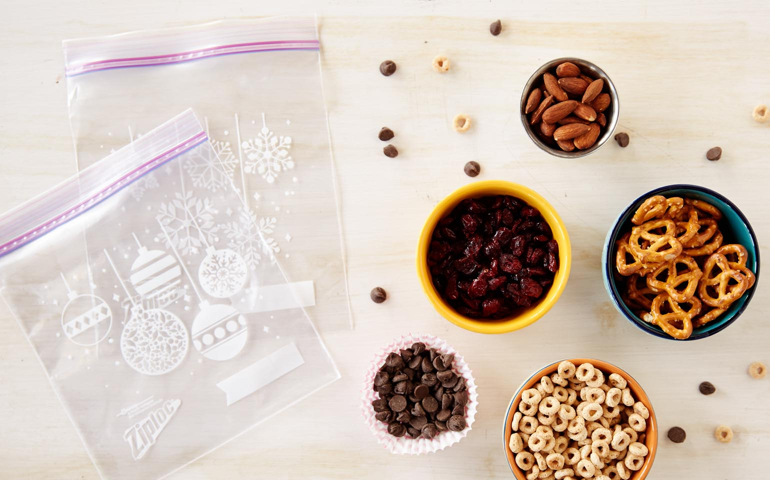 Shake-It-To-Make-It-Crafts-Recipes-Ziploc-Brand