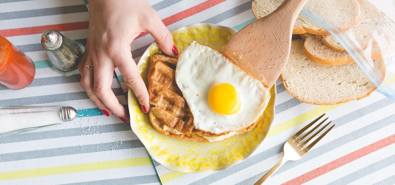 Sandwich-déjeuner au fromage fondant