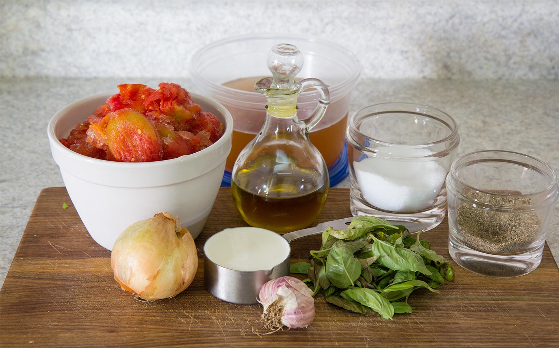 Sopa de tomate y albahaca apta para congelador