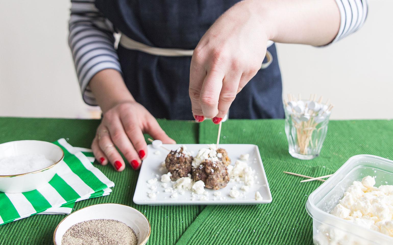 Boulettes de viande grecques à servir en bouchées