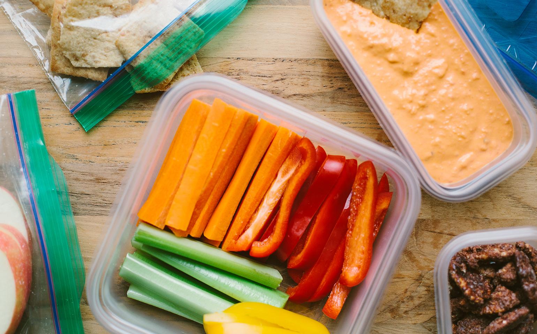 Hummus de frijoles blancos y pimientos rojos asados