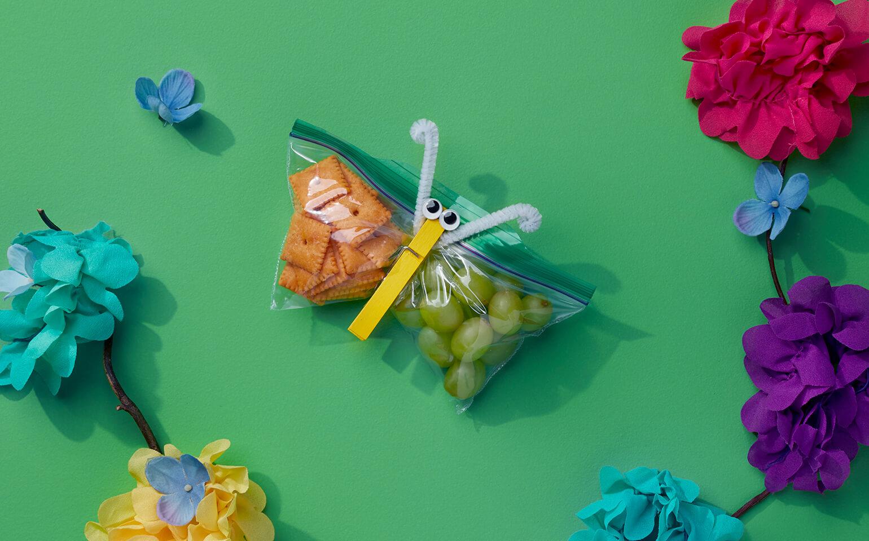 Snackerflies